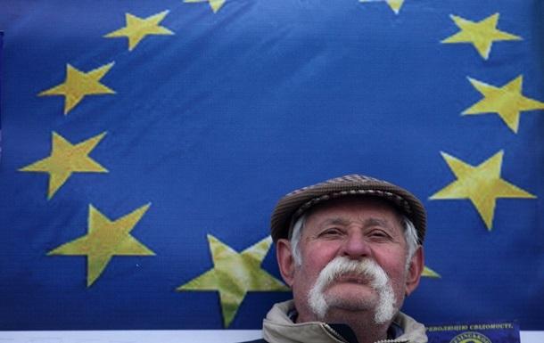 ЕК: Отменить визы для Киева должны очень скоро