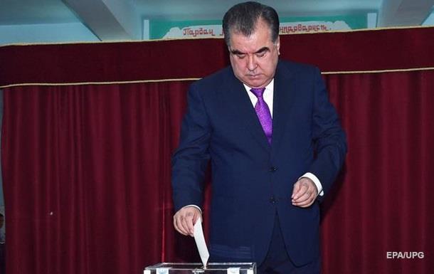 Референдум о поправках в конституцию Таджикистана признан состоявшимся