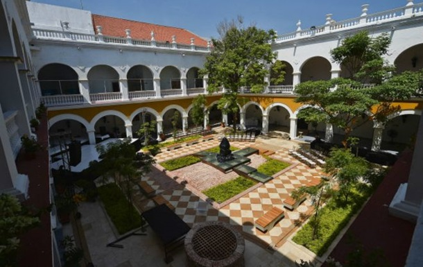 Прах Маркеса похоронили в университете в Колумбии