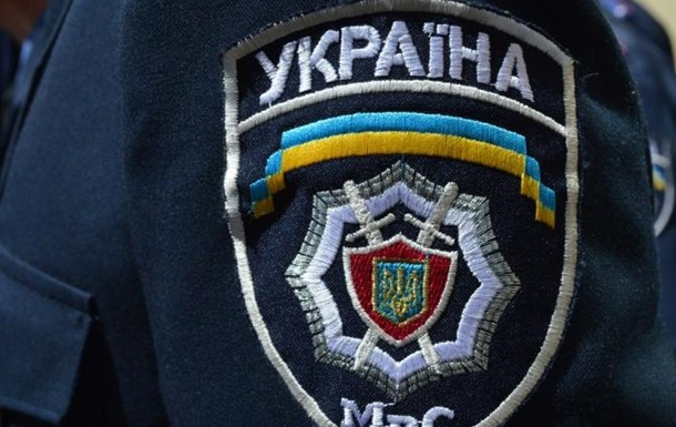 Уволенным милиционерам рекомендуют стать контрактниками ВСУ