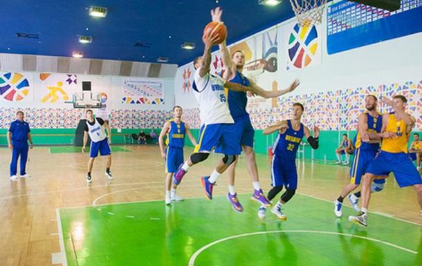 Расширенный состав сборной Украины на квалификацию к ЕвроБаскету-2017