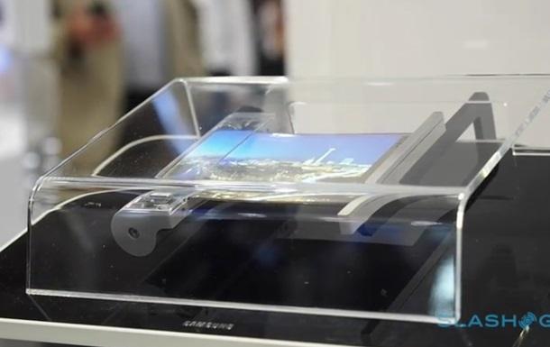 Сгибающийся дисплей Samsung показали на видео