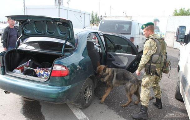 Украинец пытался провезти в ДНР более миллиона рублей