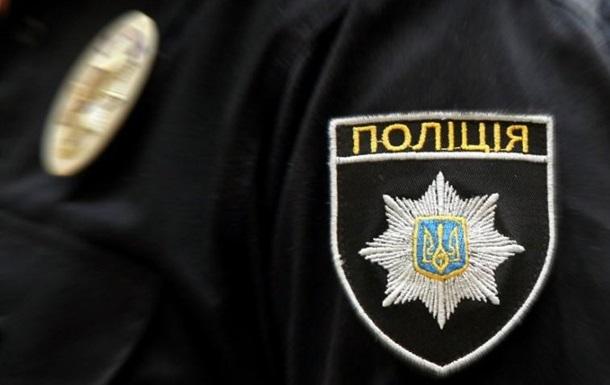 В Кировограде задержали пьяного полицейского на Lexus