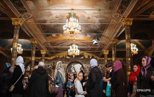Верующими признали себя 70% украинцев – опрос