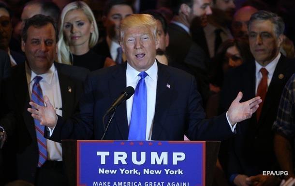 Трамп отказался от дебатов с Сандерсом