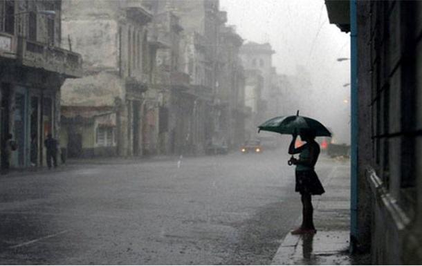 По Украине объявлено штормовое предупреждение