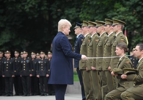 Военное руководство Литвы отправляют на кладбище