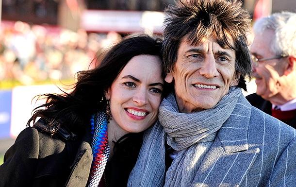Гитарист The Rolling Stones стал отцом в 68 лет