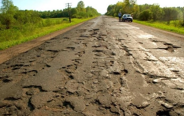Российский мэр о плохих дорогах: Наша земля отторгает асфальт