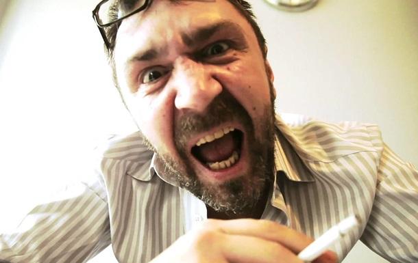 Шнуров отказался петь без мата