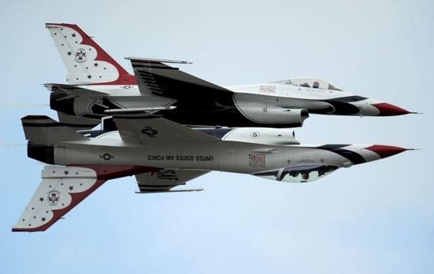 В присутствии Обамы разбился военный самолет