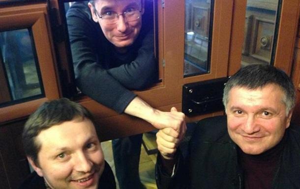 Аваков заявил об увольнении пяти тысяч судей