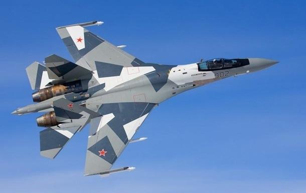 Російська авіація знищила чотири нафтозаводи ІД в Сирії