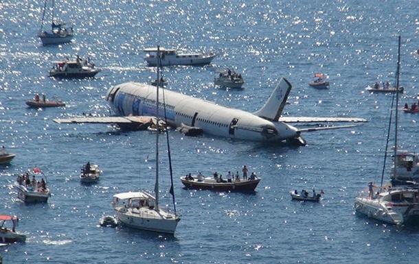 В Турции затопили Airbus A300 для привлечения туристов