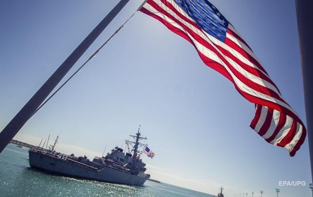 Ракетный эсминец ВМС США вошел в Черное море