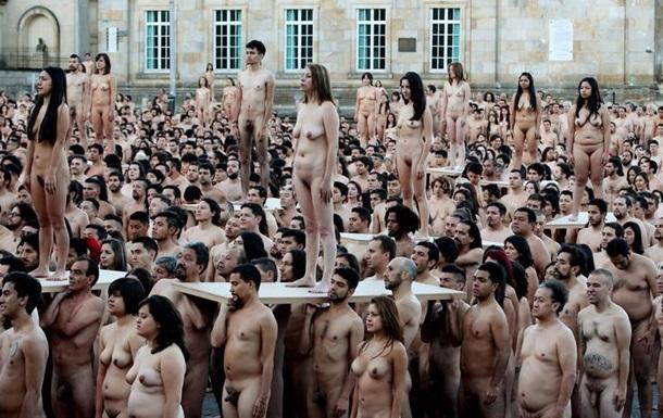Фотографии голые люди