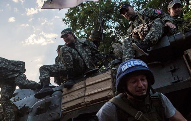За время АТО погибли 14 журналистов – Парубий