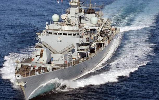 Британия заявила о перехвате российской подлодки