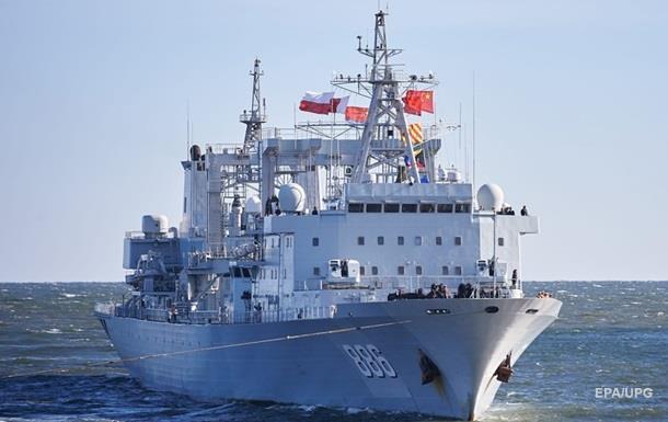 Япония выразила протест Китаю из-за корабля у спорных островов