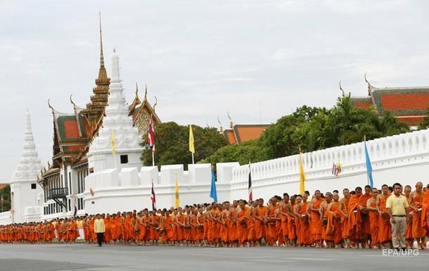 Таиланд отмечает 70-летие правления короля