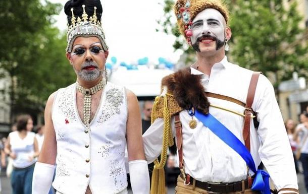 Гей-парад в Киеве как репетиция побега Порошенко?