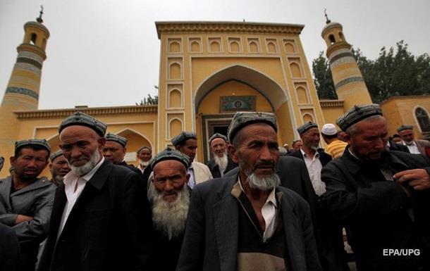Казахстан запретит несанкционированные религиозные собрания