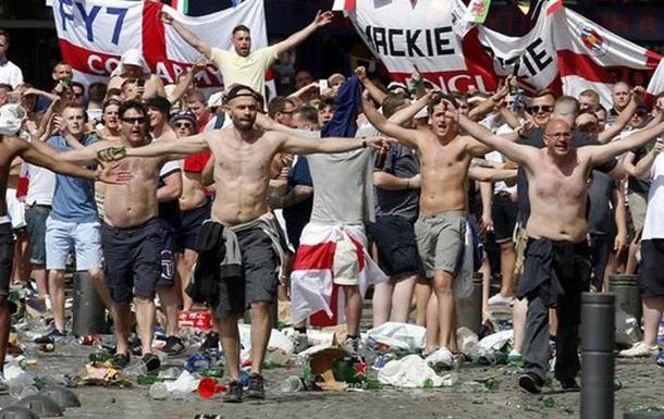 УЄФА погрожує Росії та Англії дискваліфікацією з Євро