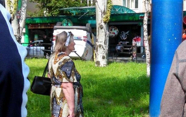 В Донецке перевернулось авто полиции ДНР – соцсети