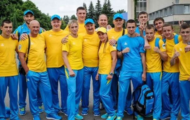 Сборная Украины по боксу отправилась на турнир в Баку