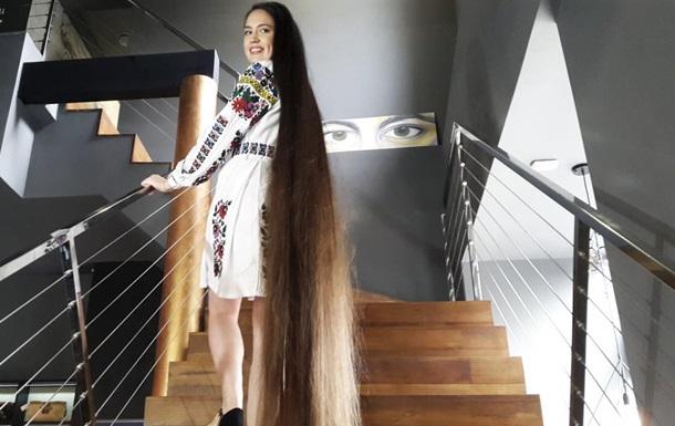 На Львовщине нашли обладательницу самых длинных волос