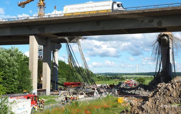 В Германии обрушился недостроенный мост, погибли рабочие
