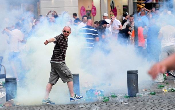 Английские фанаты унижали детей-попрошаек