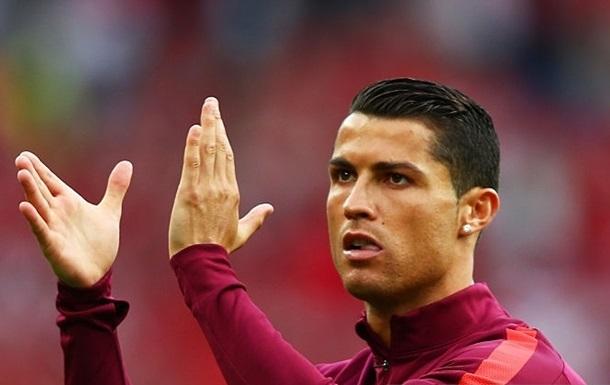 Роналду побил рекорд Фигу