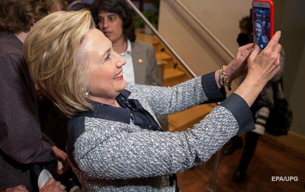 Хиллари Клинтон во второй раз стала бабушкой