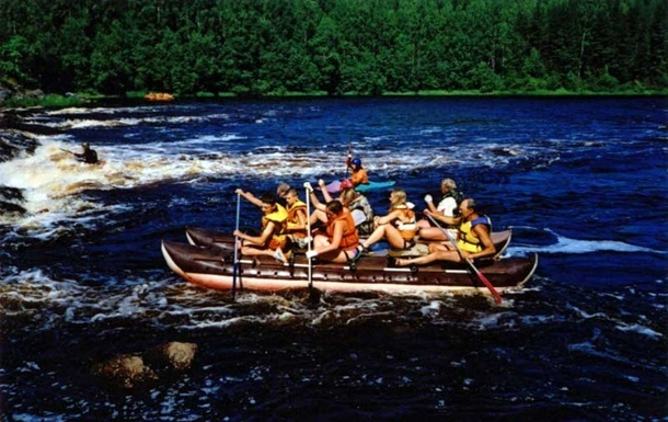 Глава Карелии: В результате ЧП на озере погибли 13 детей