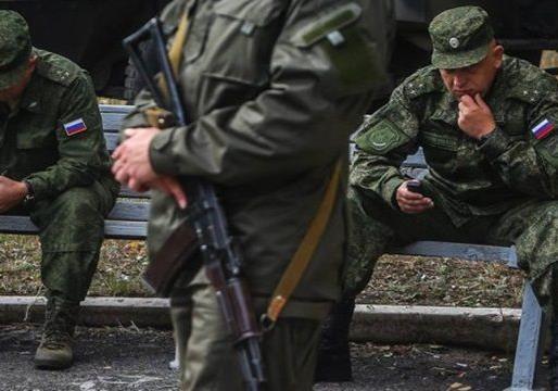 Бумеранг: российские офицеры недовольны постоянными командировками на Донбасс