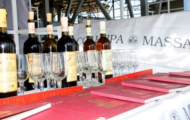 Крымская Массандра начала экспортировать вино в Беларусь