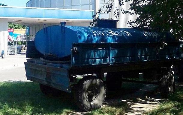 В Ізмаїл привезли 40 тонн питної води