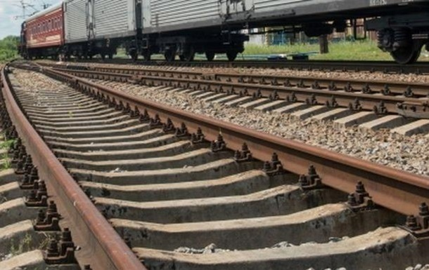 На Волыни поезд сбил двоих людей