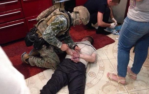 На Николаевщине банду наркоторговцев прикрывали копы