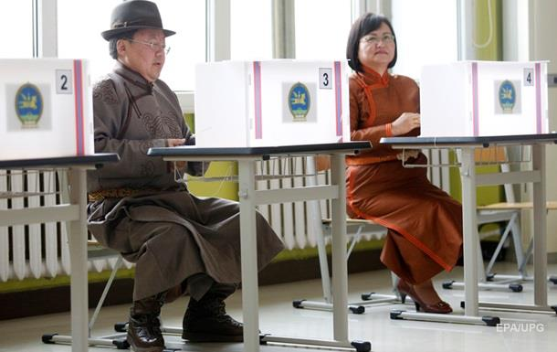 На парламентських виборах у Монголії перемогла опозиційна партія