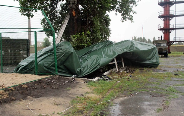 Ураган разрушил палаточный городок переселенцев