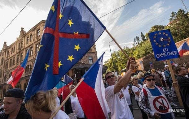 Правительство Чехии исключило референдум по ЕС