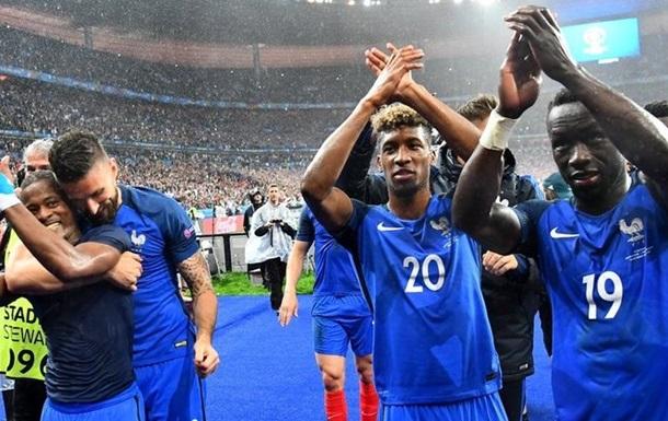Первый гол французов в первом тайме и другие факты матча Франция-Исландия