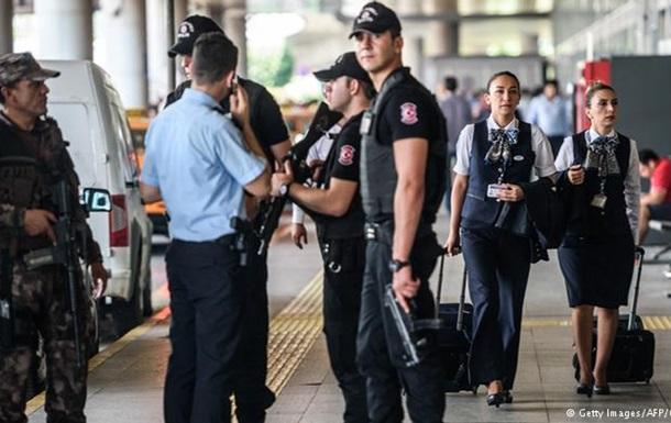В Турции арестованы 11 граждан России