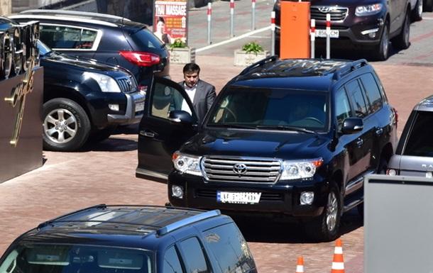 В Киеве угнали джип Саакашвили - СМИ