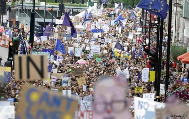Британия отклонила петицию о повторном референдуме