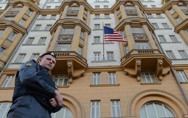 Россия зеркально выдворила двоих дипломатов США