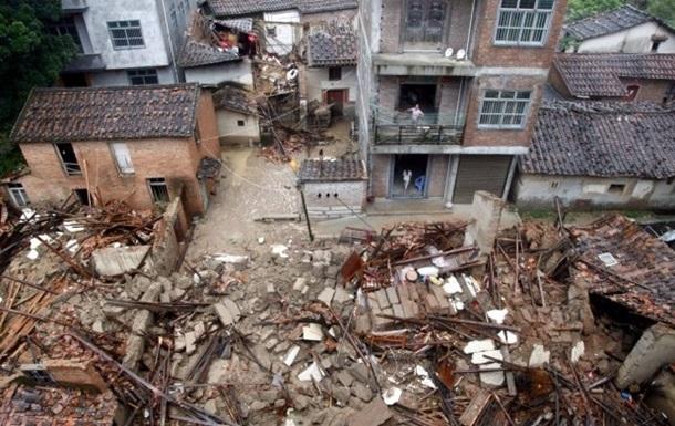 Тайфун на Тайване: трое погибших, сотни раненых